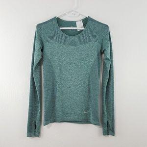 {Nike} Green Long Sleeve Dri-Fit Stretch Top S